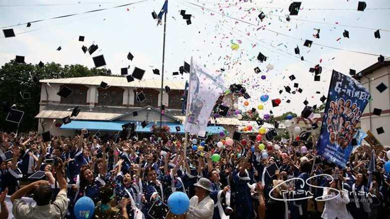 Fiesta absolvenţilor de anul trecut