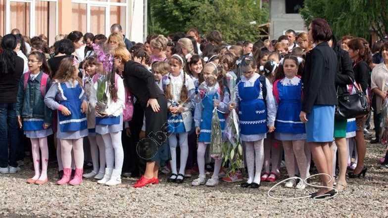 Copii scoala 03
