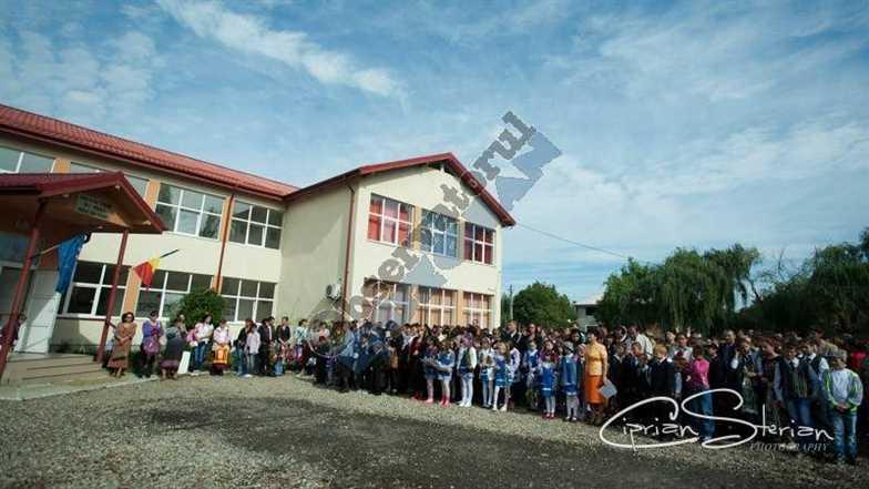Copii scoala 05