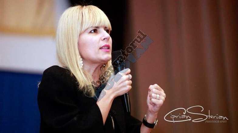 Elena Udrea Buzau-2