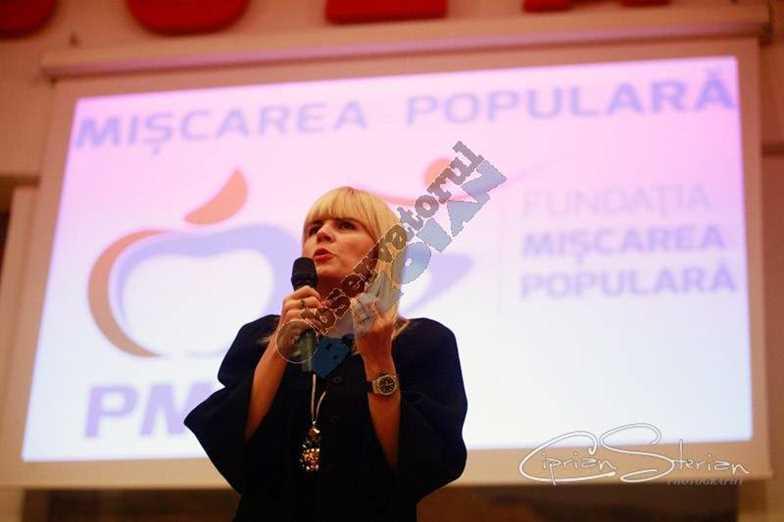 Elena Udrea Buzau-3