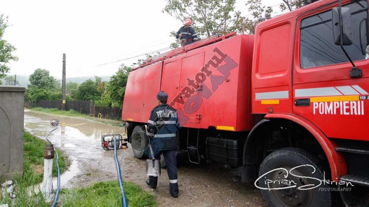 Inundatii Candesti-3