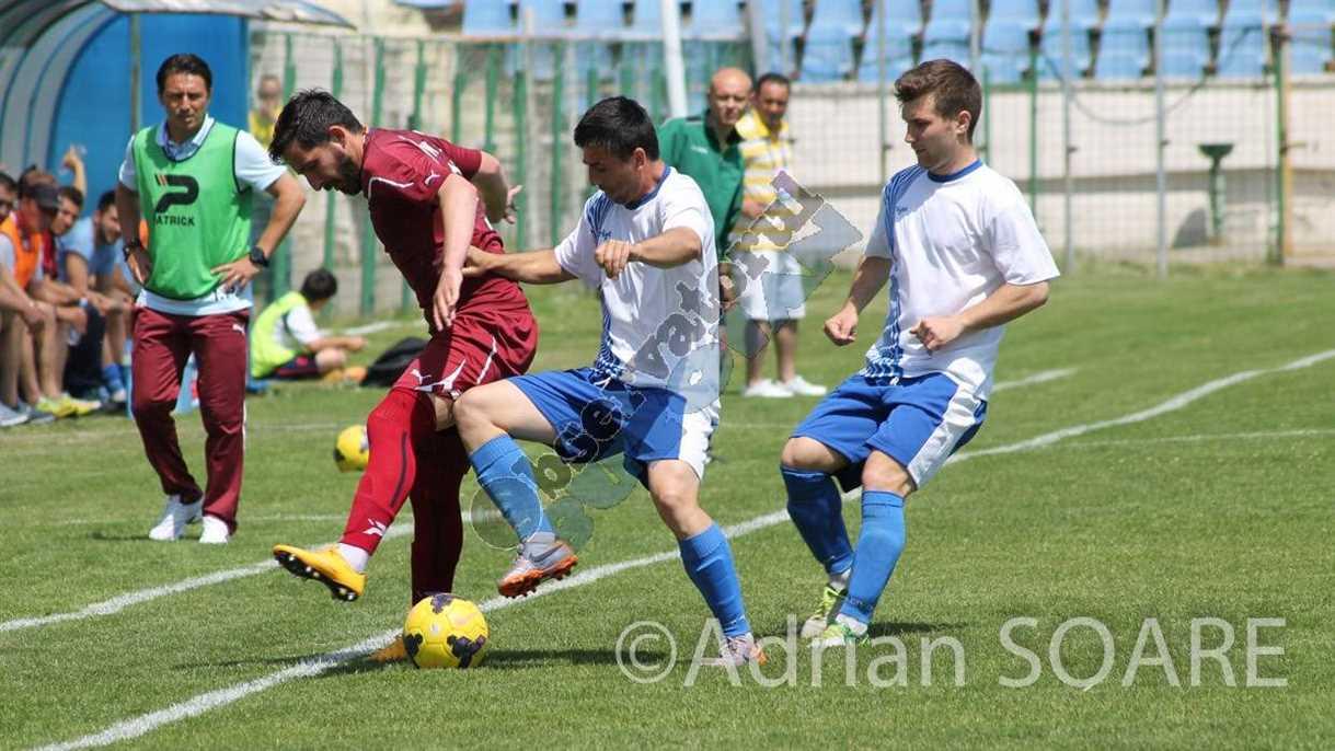 Fotbal Gloria Voluntari-3