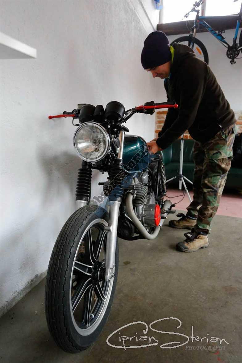 Motocicleta OVI-153