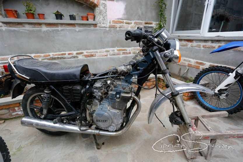Motocicleta OVI-157